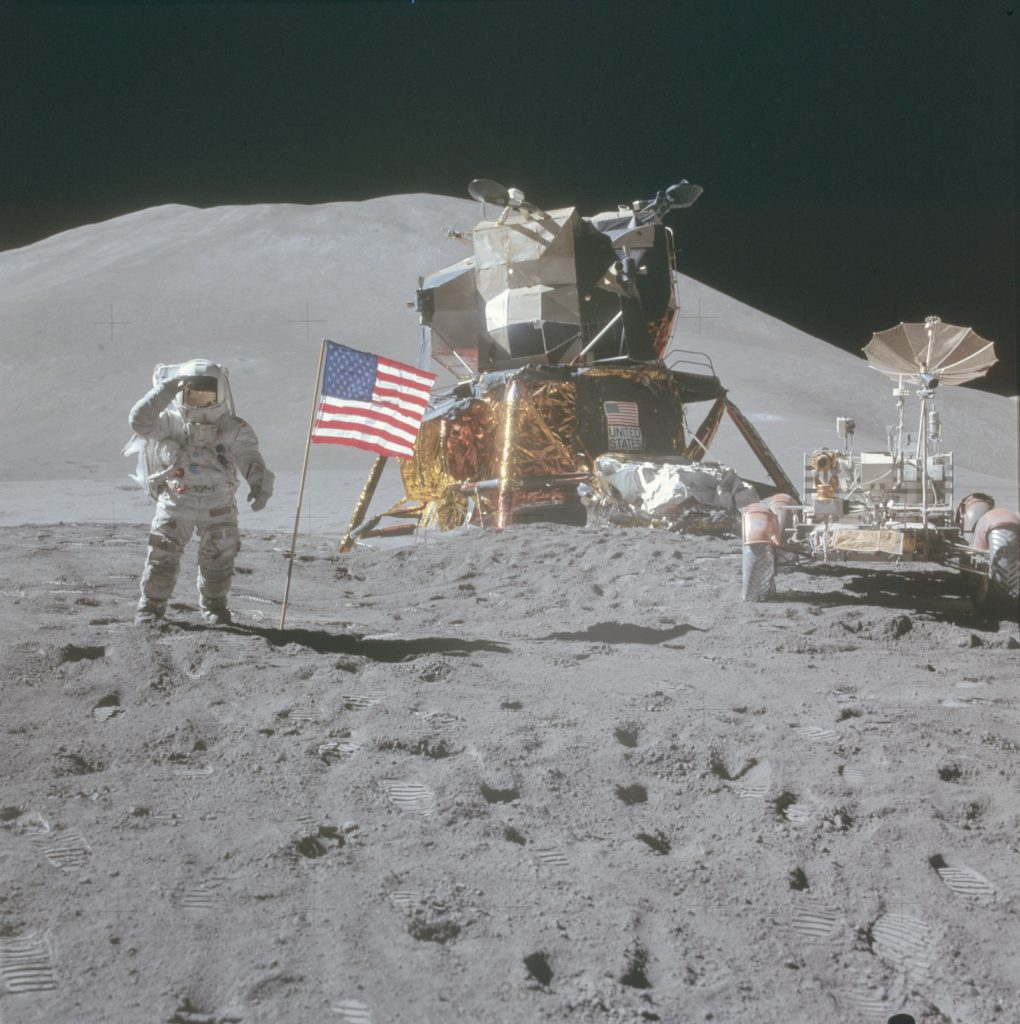 Apollo 15 James Irwin kuussa.